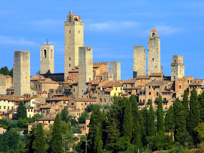 http://www.vivalditravel.hu/user_images/103/toszkana_videki_baja_vivaldi_san_gimignano.jpg