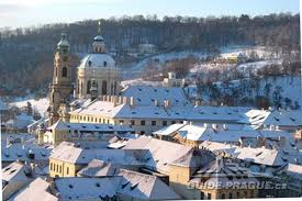 http://www.vivalditravel.hu/user_images/39/advent_praga_altalanos.jpg