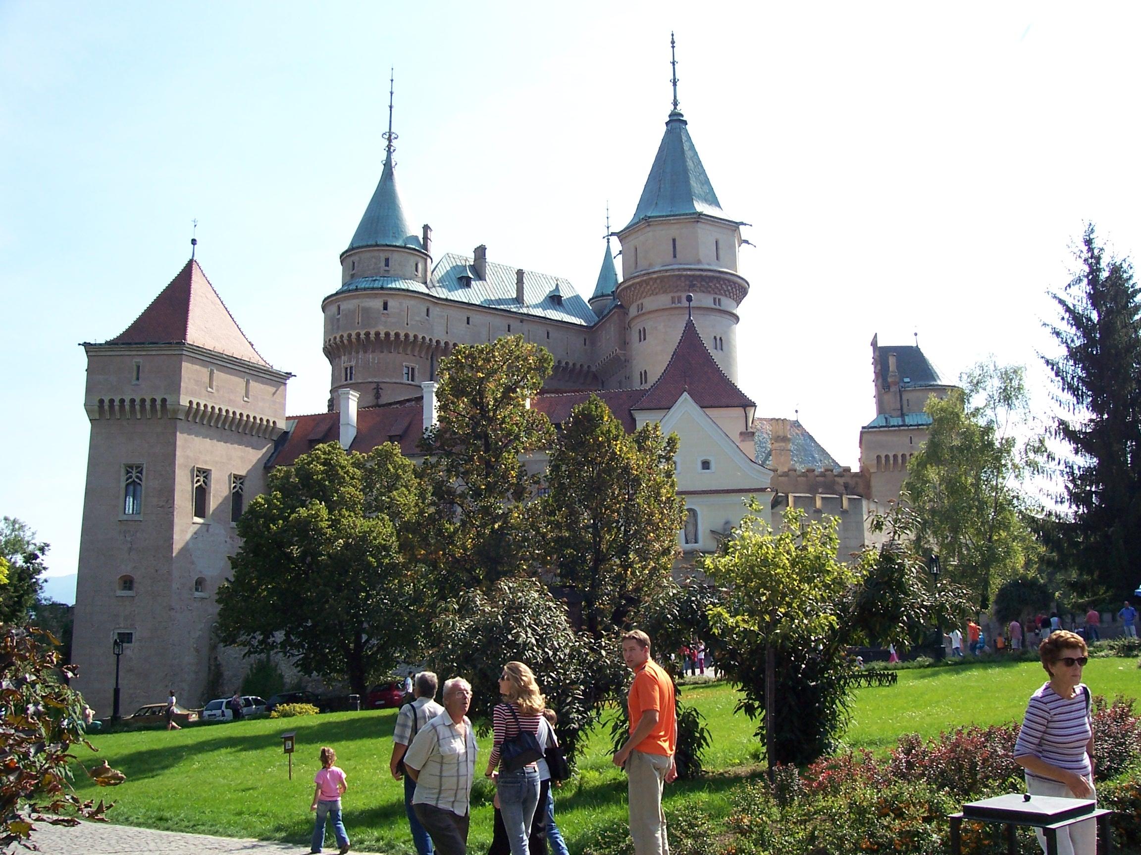 Kastélytúra Szlovákiában: Bajmóc vára és a Kistapolcsányi kastély