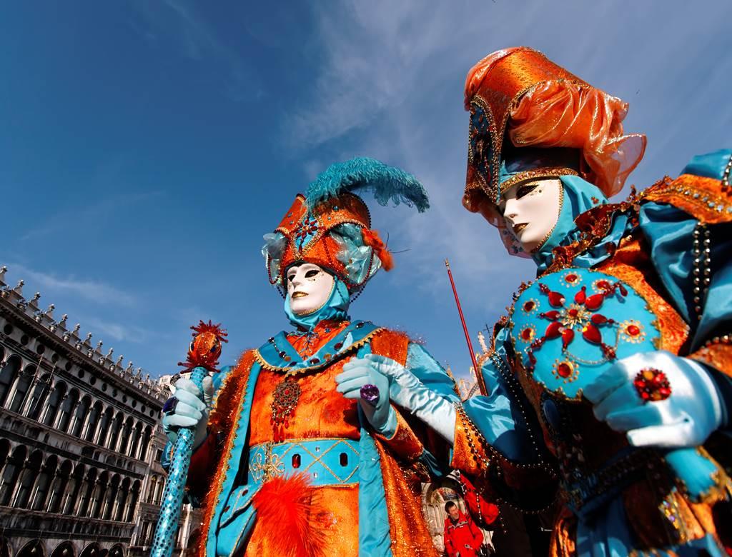 http://www.vivalditravel.hu/user_images/utak_1375__velencei_karneval_vivalditravel002.jpg