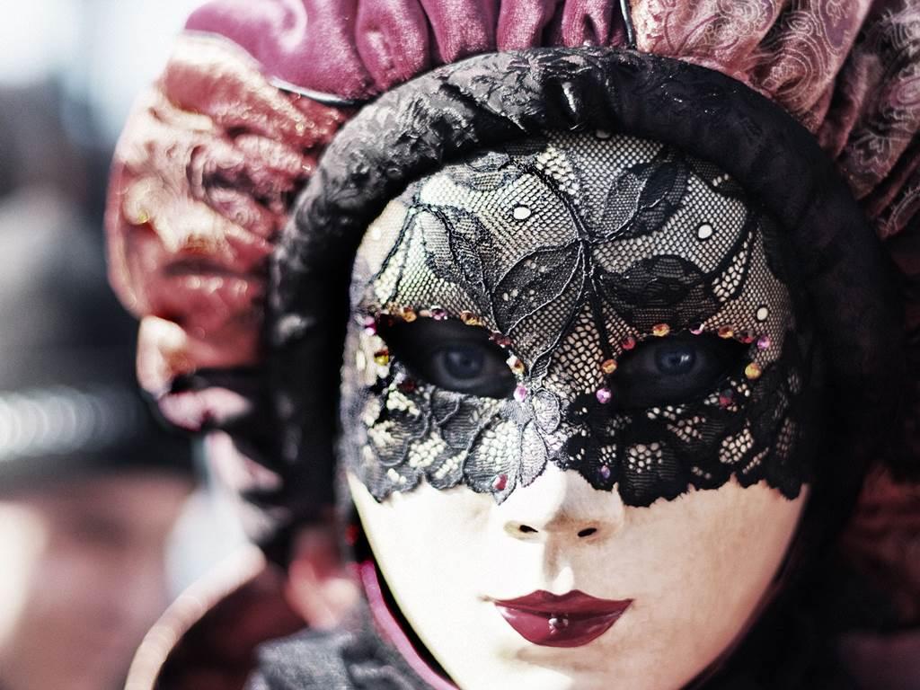 http://www.vivalditravel.hu/user_images/utak_13__velencei_karneval_olaszorszag_vivalditravel_(3).jpg