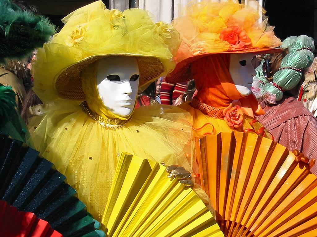 http://www.vivalditravel.hu/user_images/utak_14__velencei_karneval_olaszorszag_vivalditravel_(4).jpg