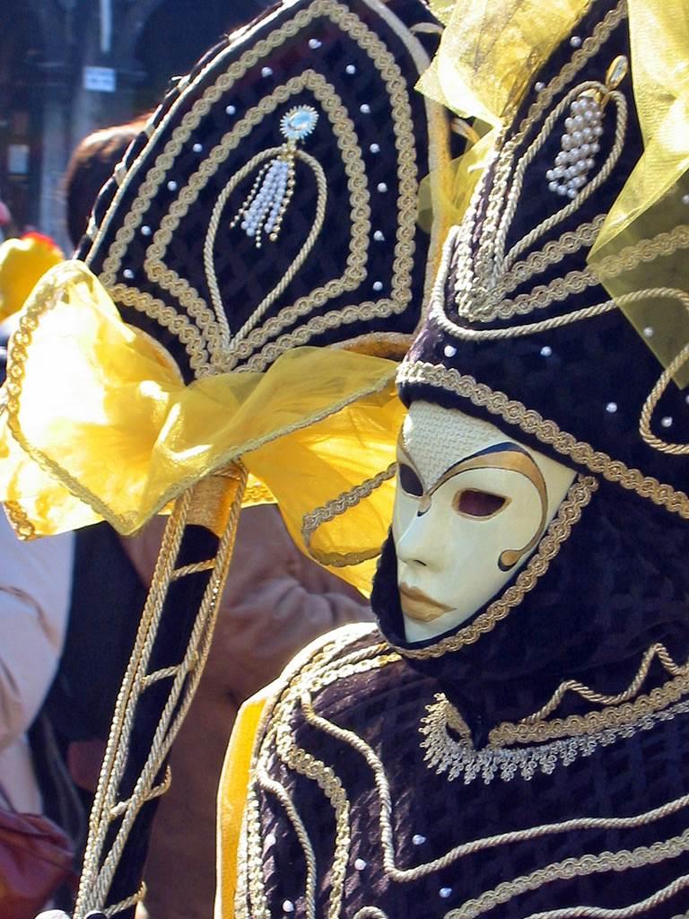 http://www.vivalditravel.hu/user_images/utak_15__velencei_karneval_olaszorszag_vivalditravel_(5).jpg
