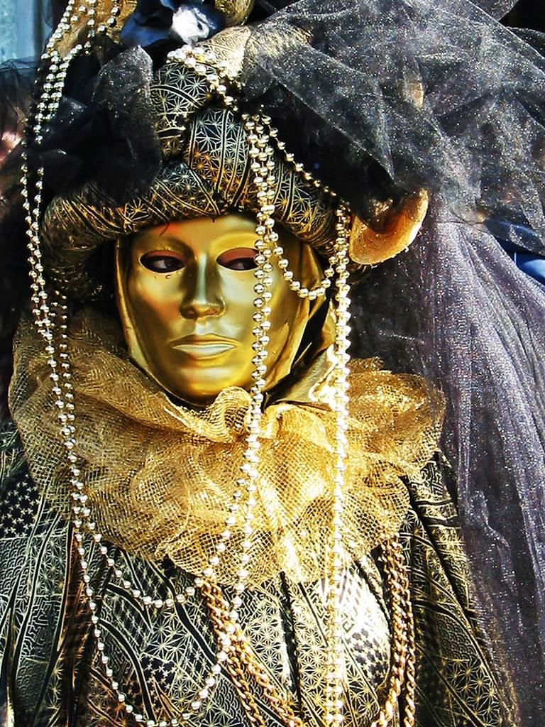 http://www.vivalditravel.hu/user_images/utak_16__velencei_karneval_olaszorszag_vivalditravel_(6).jpg